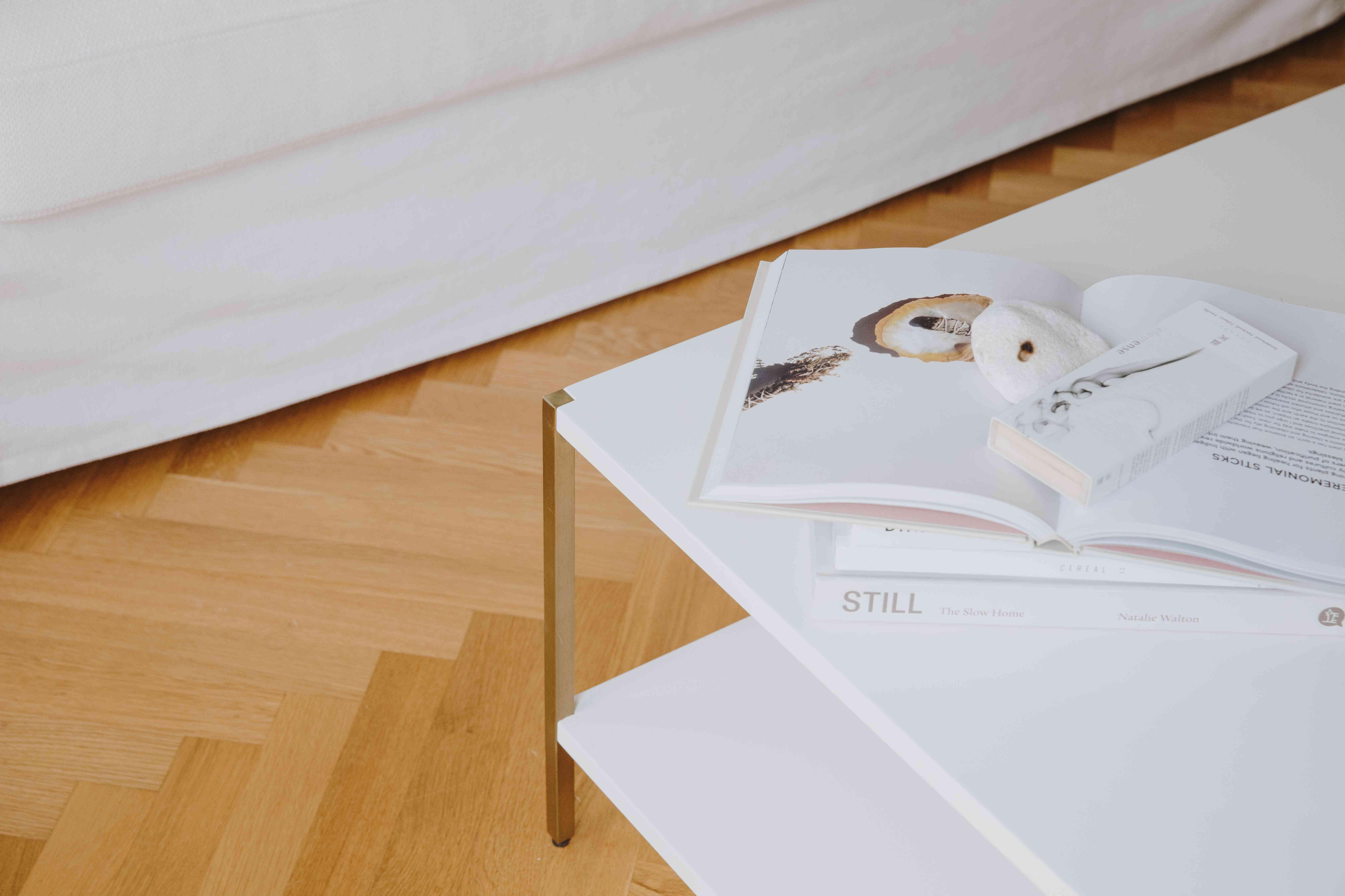 coffee table with metallic legs