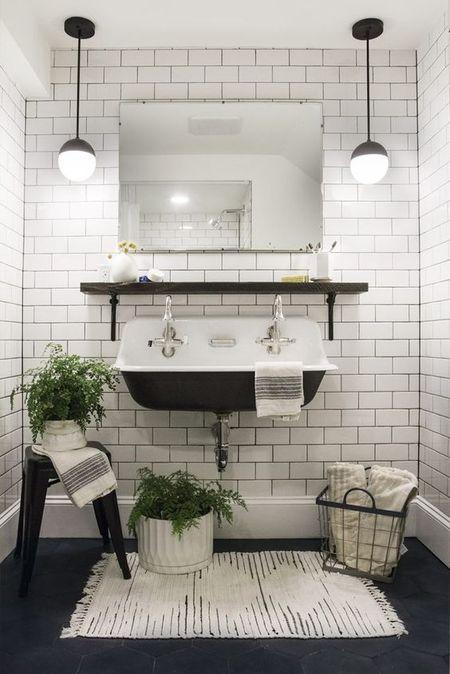 Retro Bathroom Flooring