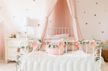 21 Great Ideas For A Canopy Bed In