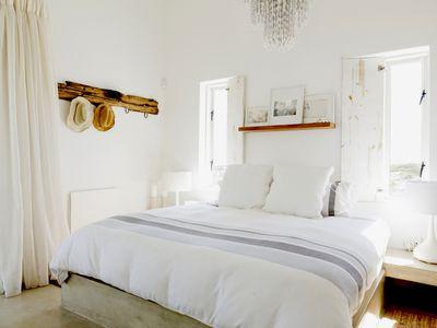 Small-white-bedroom-ideas.jpg