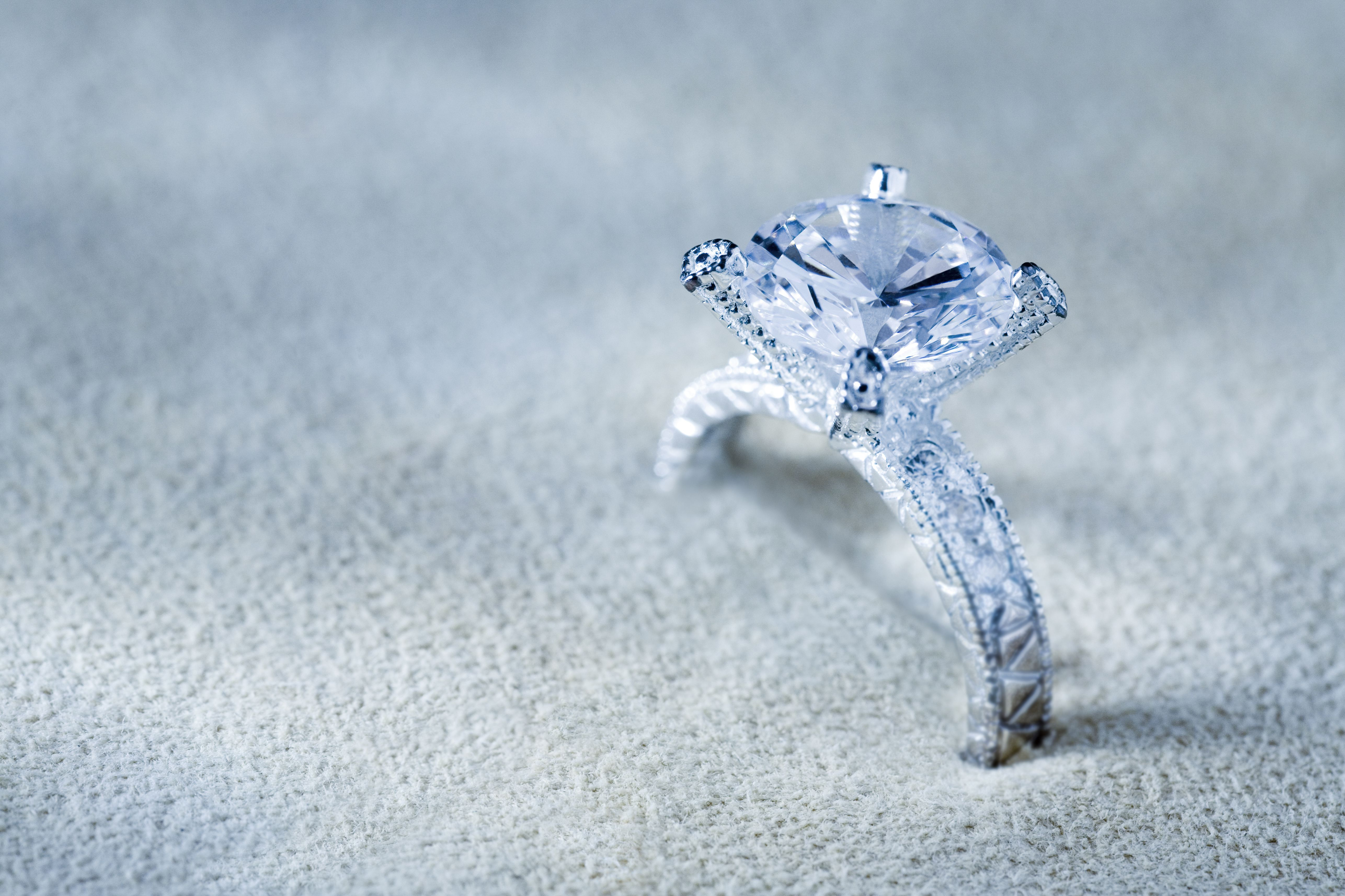 How To Clean Your Jewelry With Ammonia