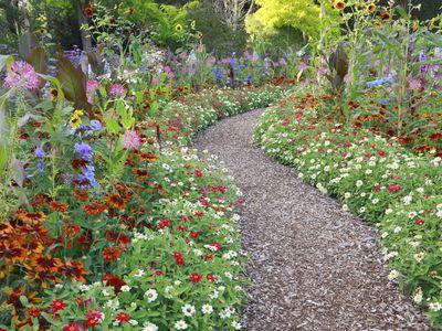 Summer Flower Garden Border Ideas - Flower-garden-ideas