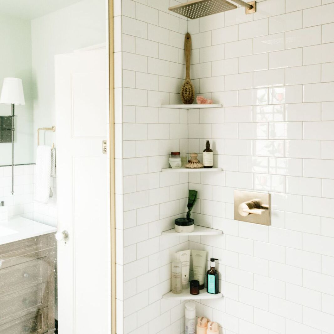 11 Small Bathroom Shelf Ideas
