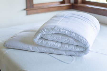 Bed Comforter Sizes, Queen Bedding On Full Size Bed