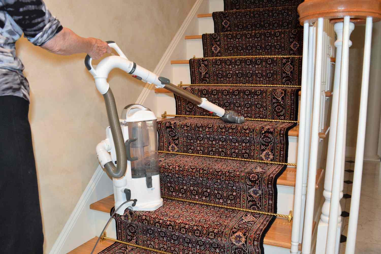 Shark Navigator Lift-Away Professional Upright Vacuum