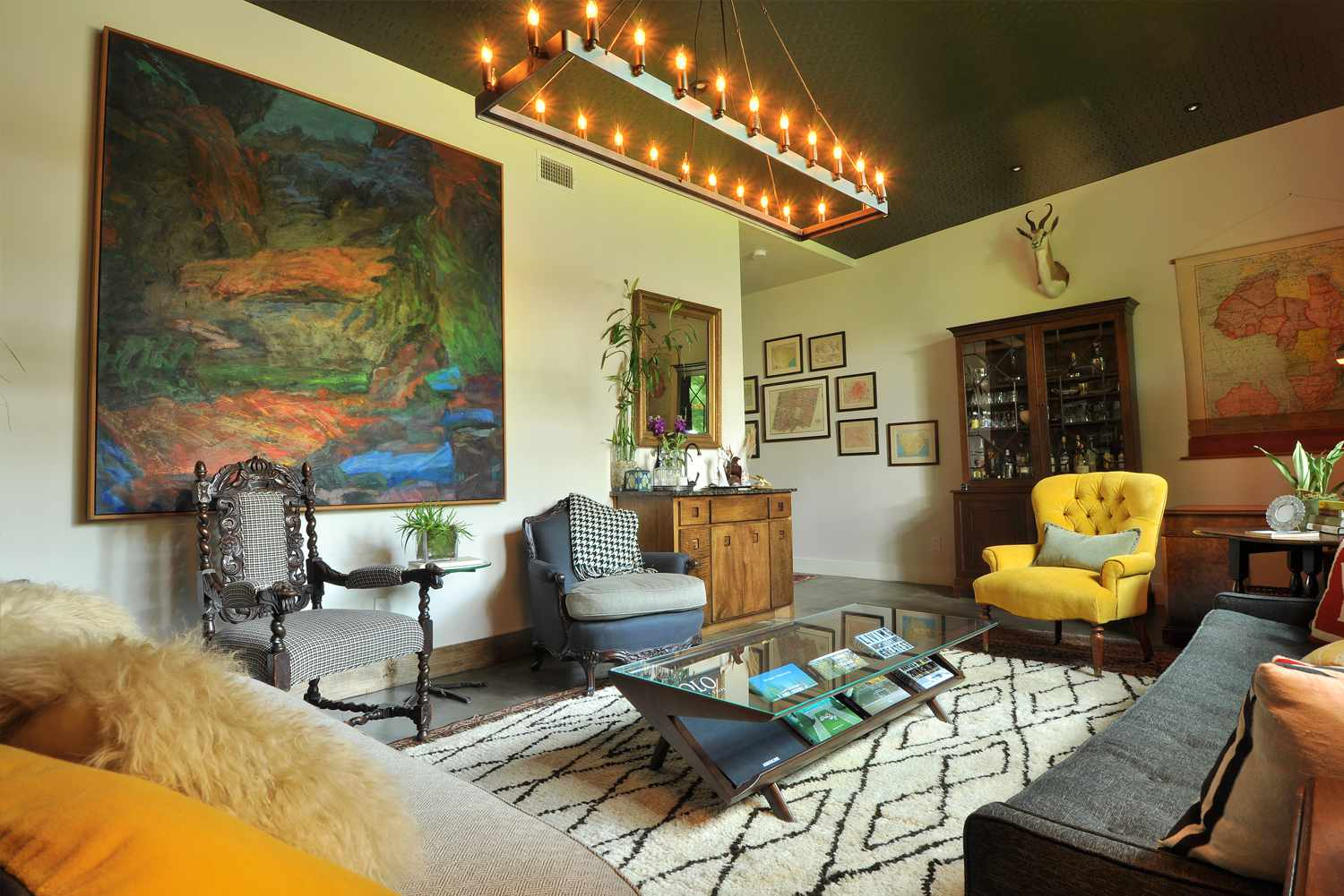 eclectic traditional decor