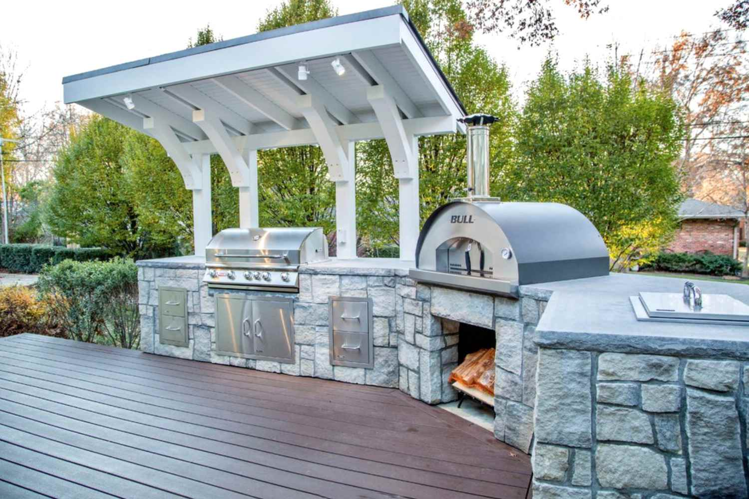 25 Covered Deck Design Ideas