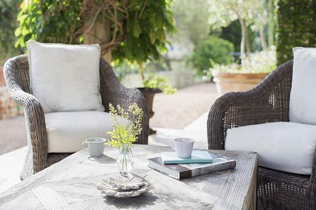 Tips For Ing Outdoor Furniture, Comfy Outdoor Patio Furniture