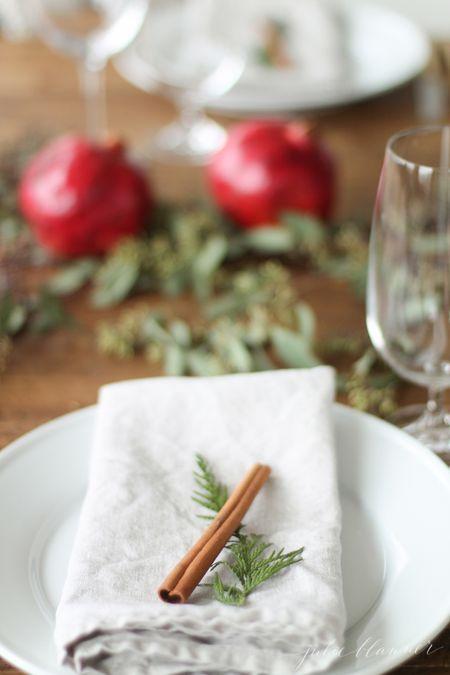 cinnamon stick christmas table