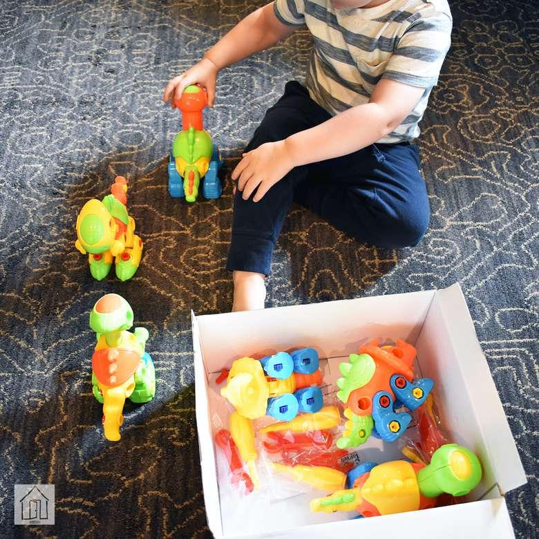 ToyVelt Dinosaur Take Apart Toy