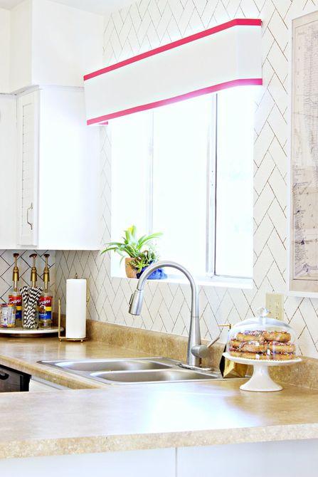 Placa para salpicaduras de cocina de espina de imitación de bricolaje