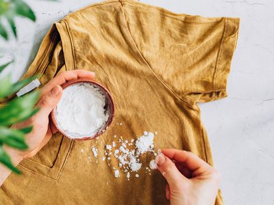 removing oil stains from clothing