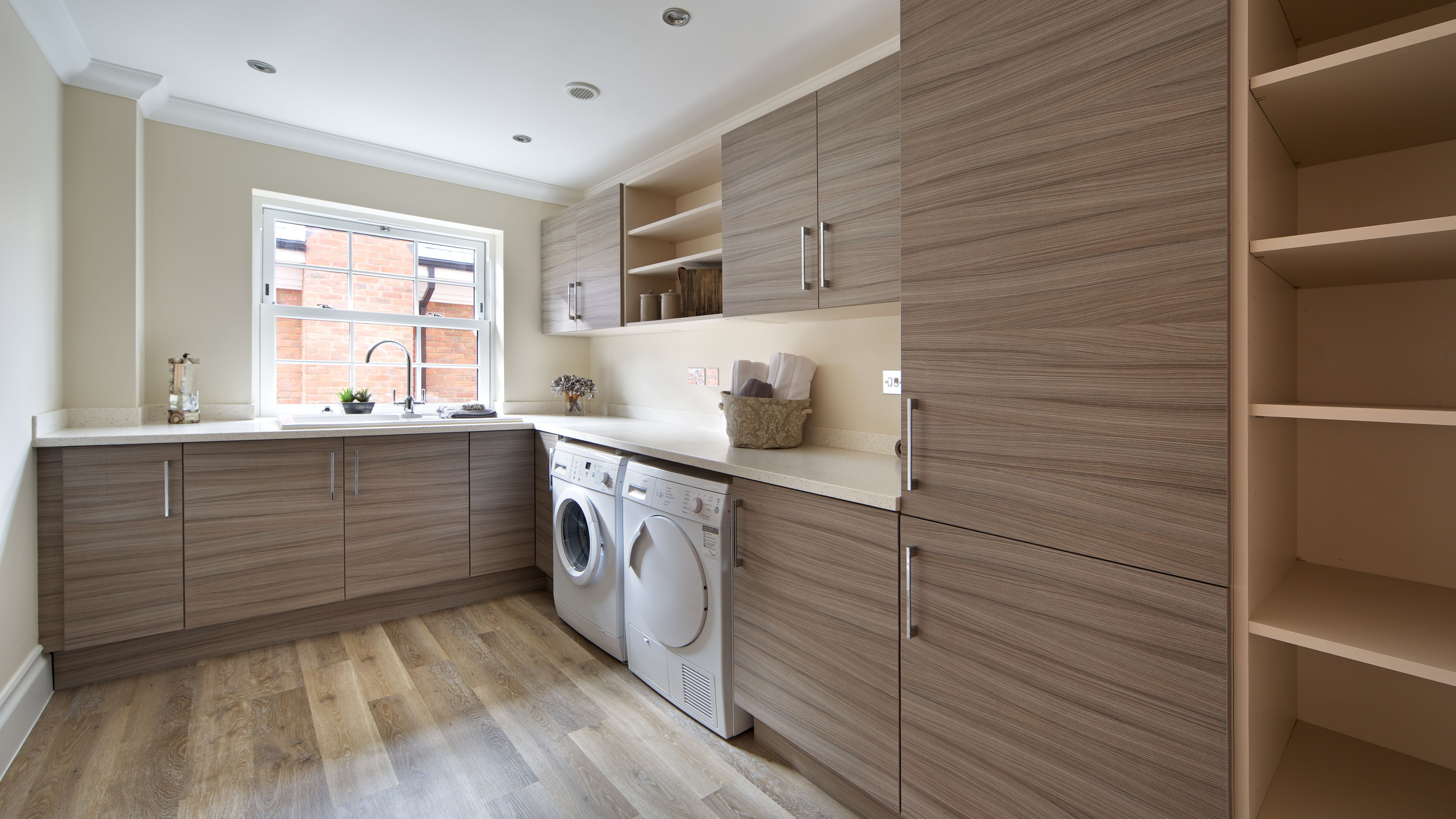 Smart Laundry Room Layouts