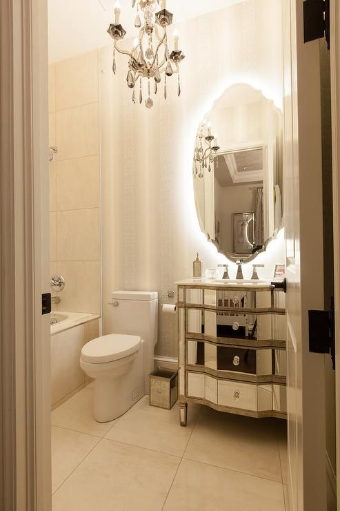 13 Beautiful Mirrored Bathrooms