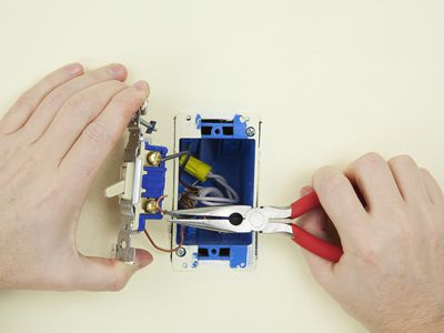 Awe Inspiring How To Safely Turn Off Power At Your Electrical Panel Wiring 101 Ouplipimpapsstreekradiomeanderfmnl