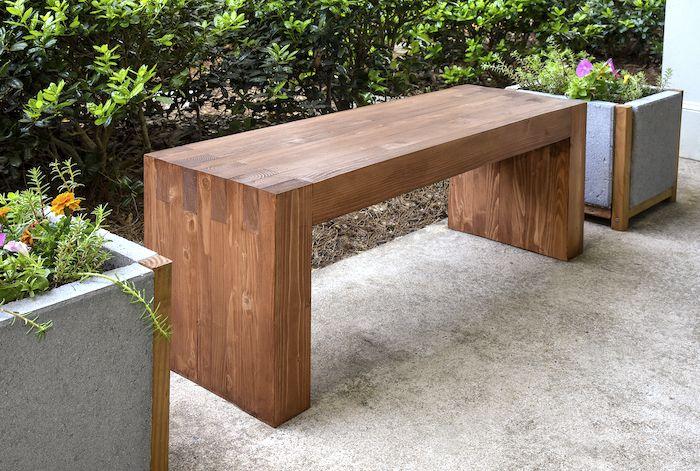 DIY Wood Outdoor Bench
