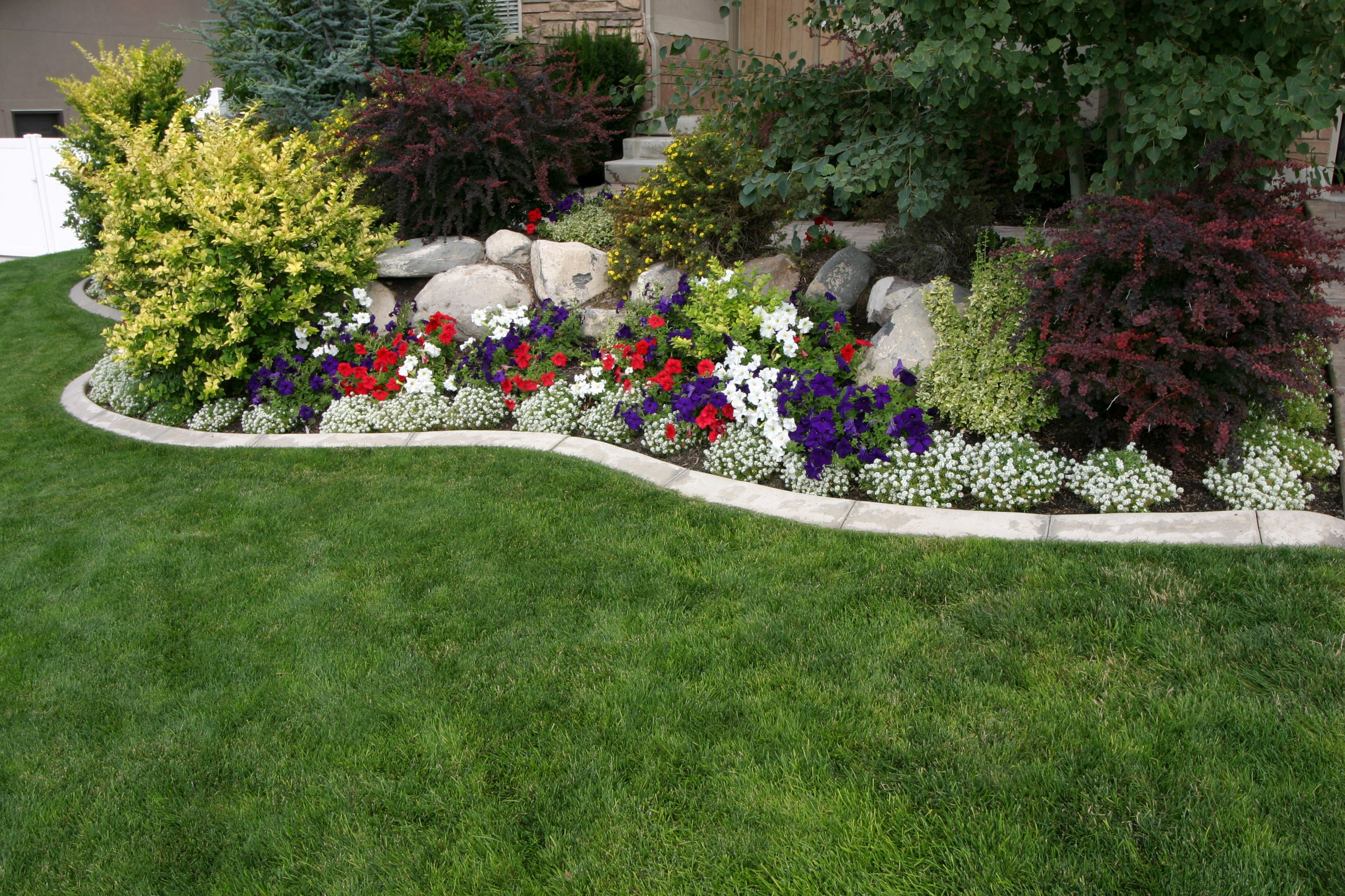 Landscaping Ideas: Landscape Design Photo Gallery