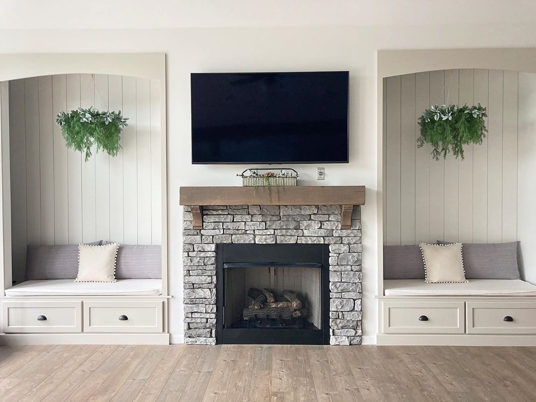 Fireplace with seating on either side