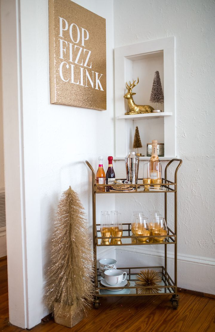 15 Budget-Friendly Ideas for a Holiday Party