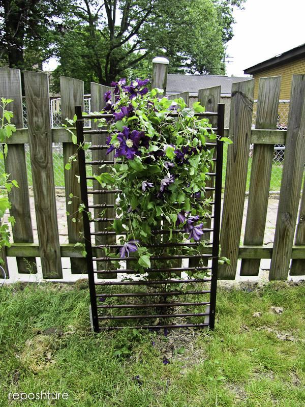 10 diy garden trellises that cost less than 20 diy garden trellis fro crib solutioingenieria Image collections