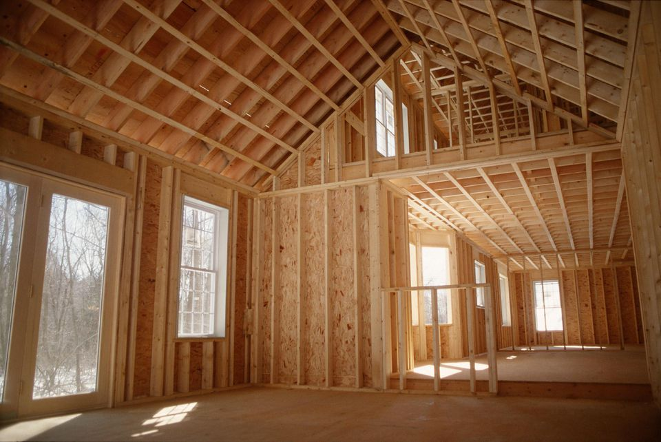 The steps to build your own house for Order of subcontractors when building a house