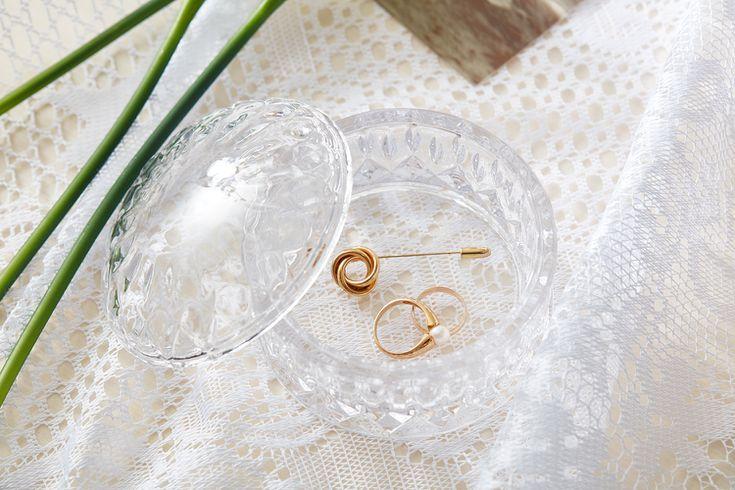 Proper Etiquette for Wearing Jewelry