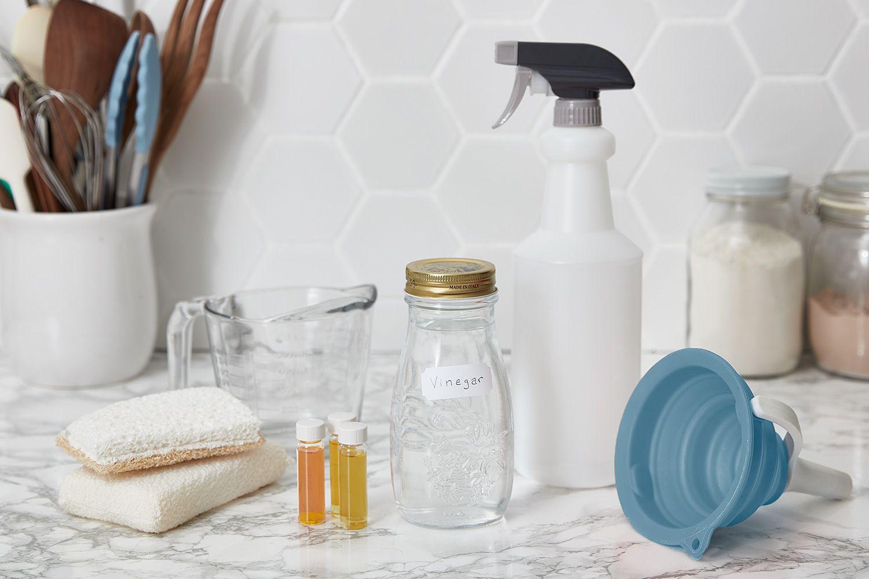 ingredients to make a diy vinegar spray