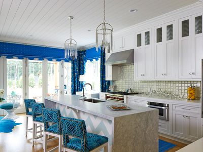 Find Your Personal Kitchen Lighting Style With These 18 Ideas