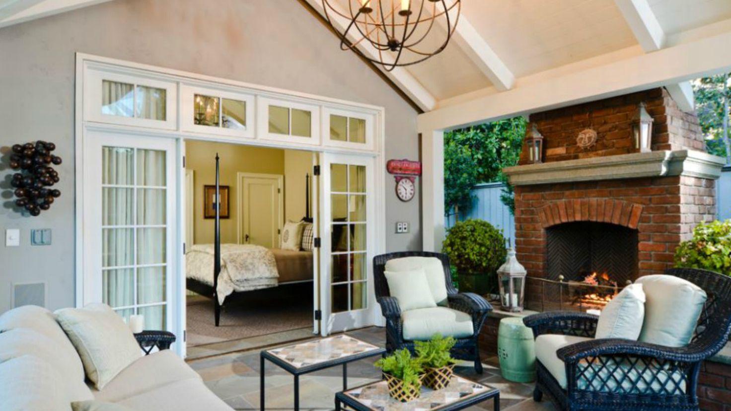 49 Outdoor Living Room Design Ideas