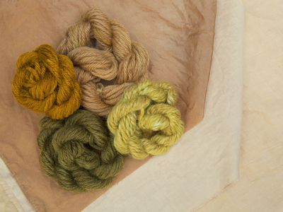 How to Dye Fabric With Natural Dyes