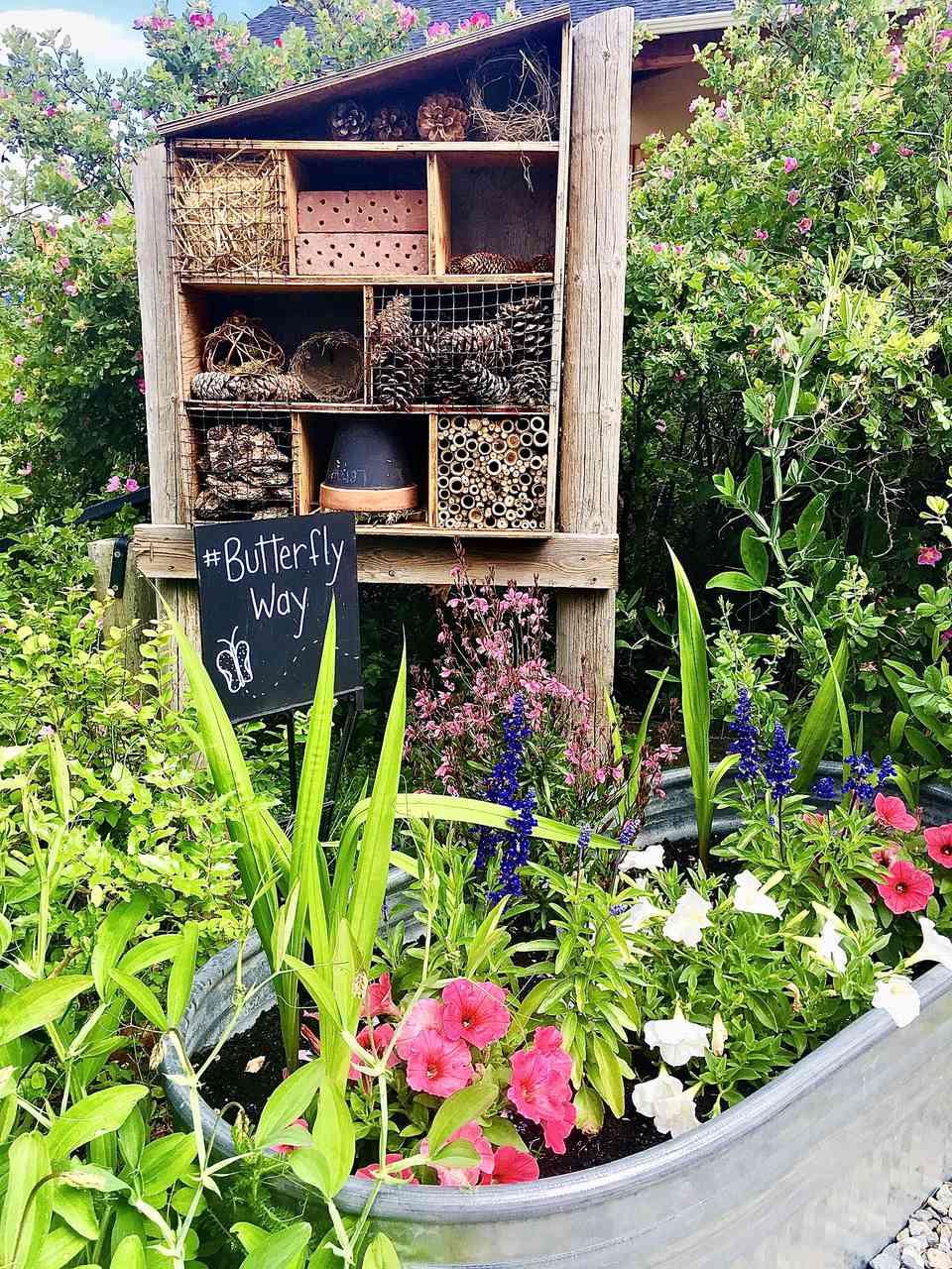 DIY Bee House