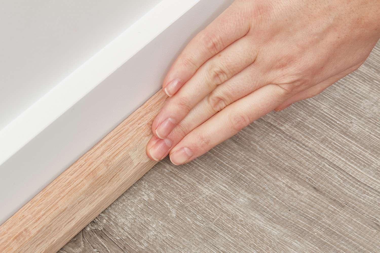Sand remaining filler with finger