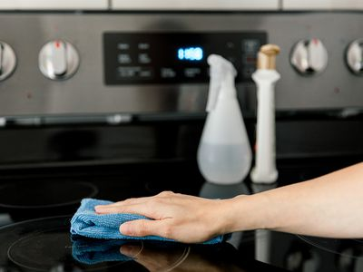 cleaning a glass cooktop