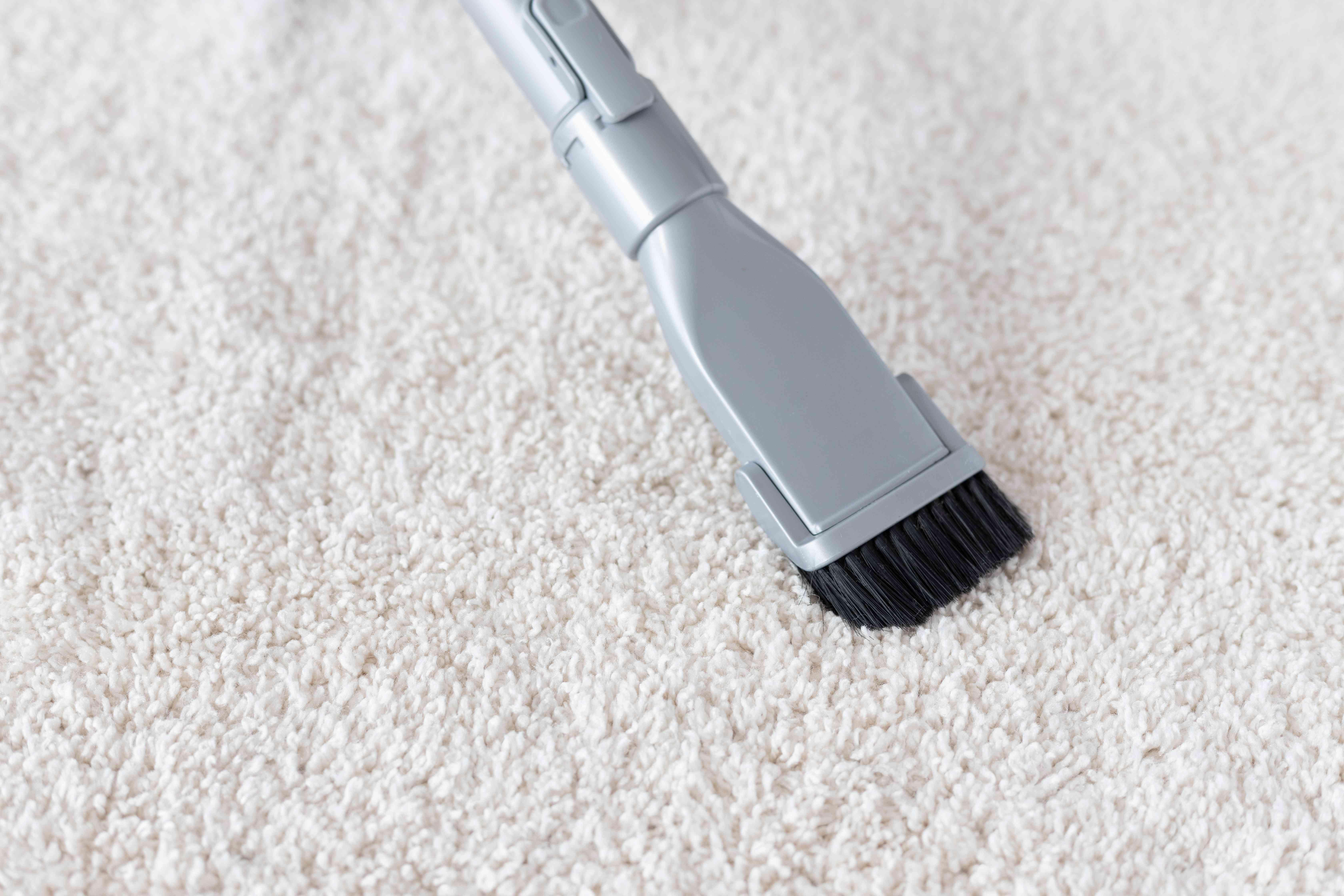 Vacuum lifting clean fibers