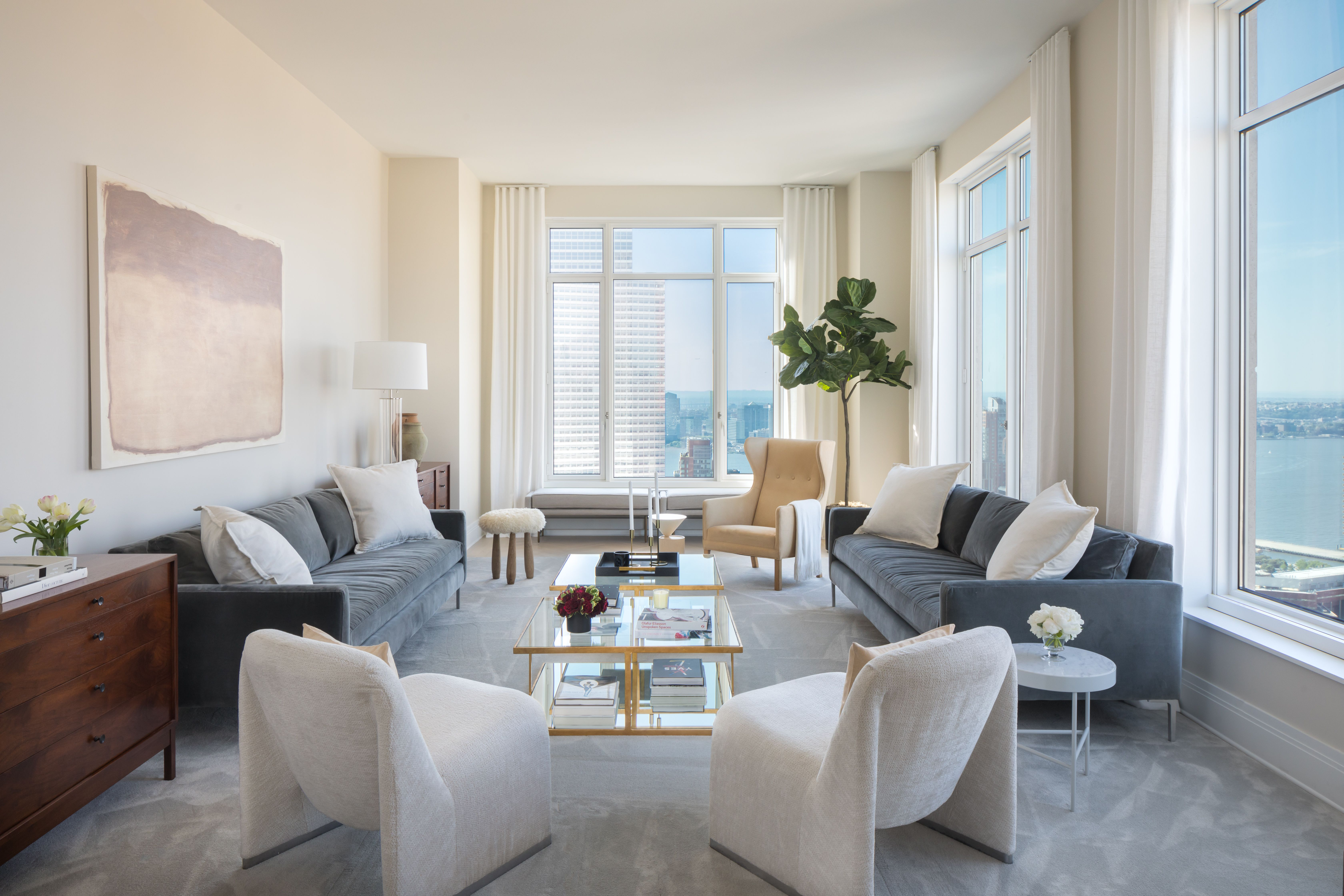 House Tour: Living in the Four Seasons