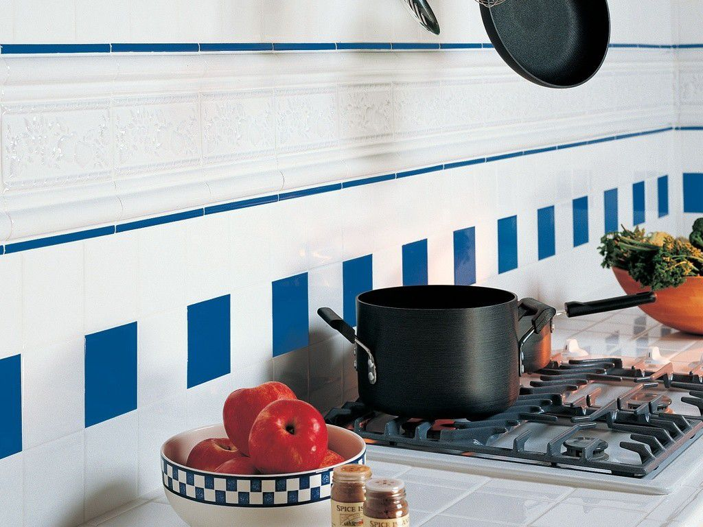 White and Blue Listello Tile