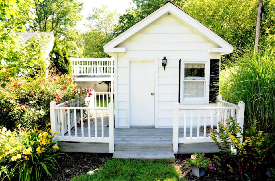 21 Welcoming Guest House And Cottage Ideas
