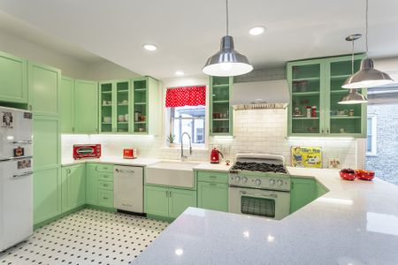 retro minty green kitchen