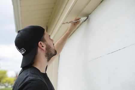 Can You Paint A House In Rainy Weather - Painting-exterior-walls