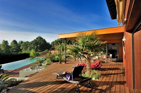 Backyard Deck Modern