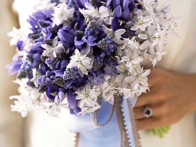 The best spring wedding flowers purple bridal bouquets mightylinksfo