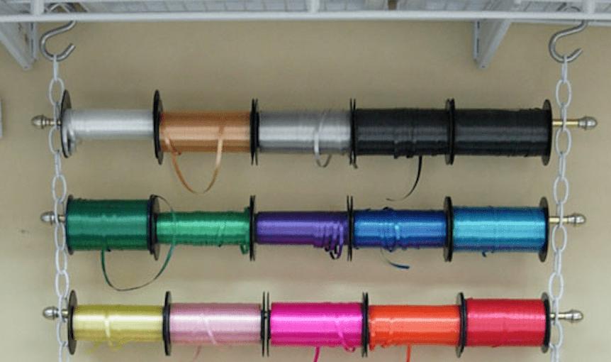 Hanging ribbon organzer
