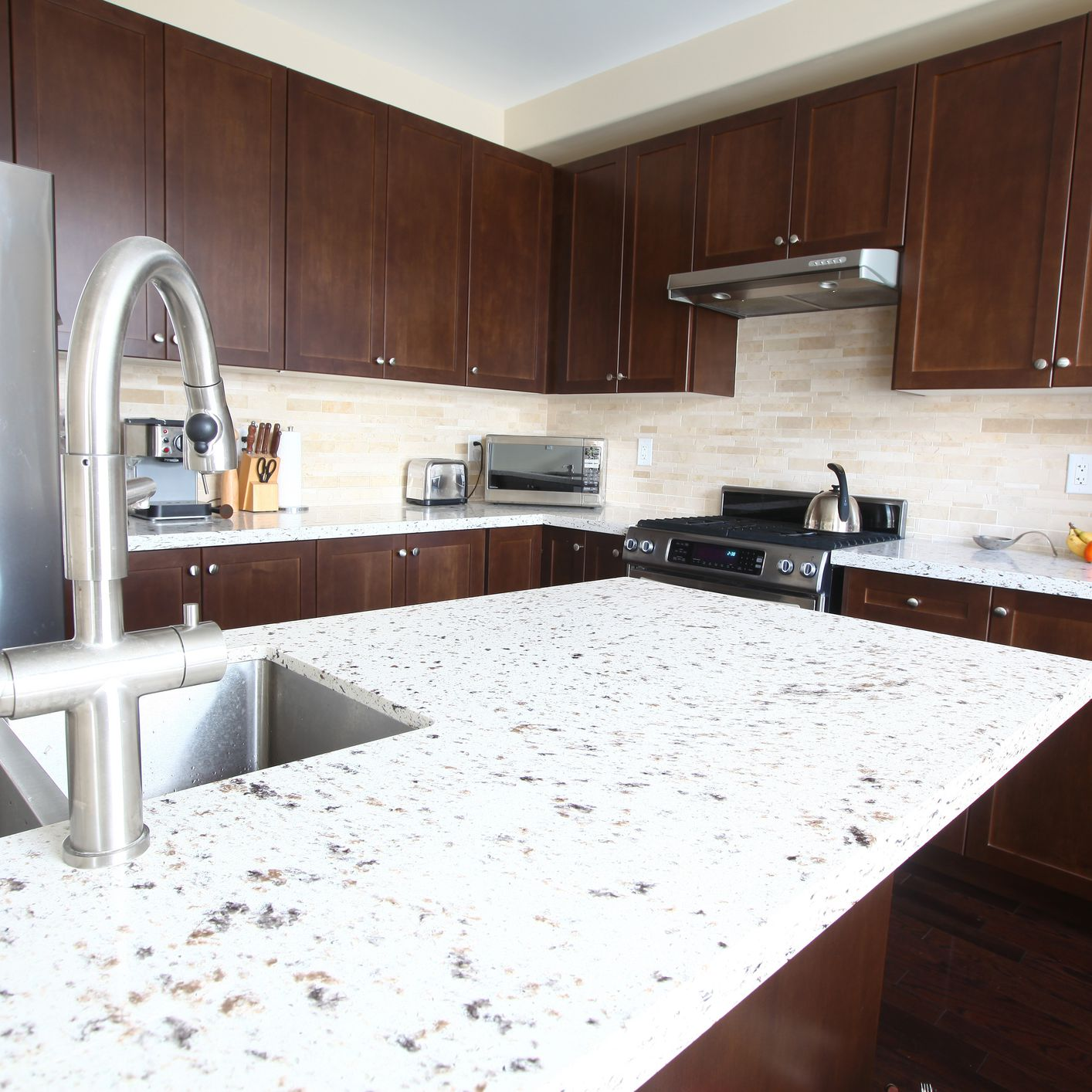 Quartz Countertops Benefits And Features