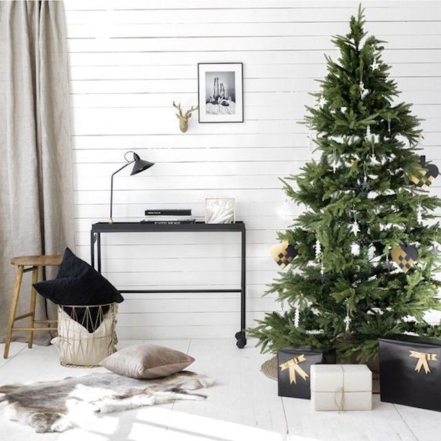 Modern Scandinavian Christmas living room