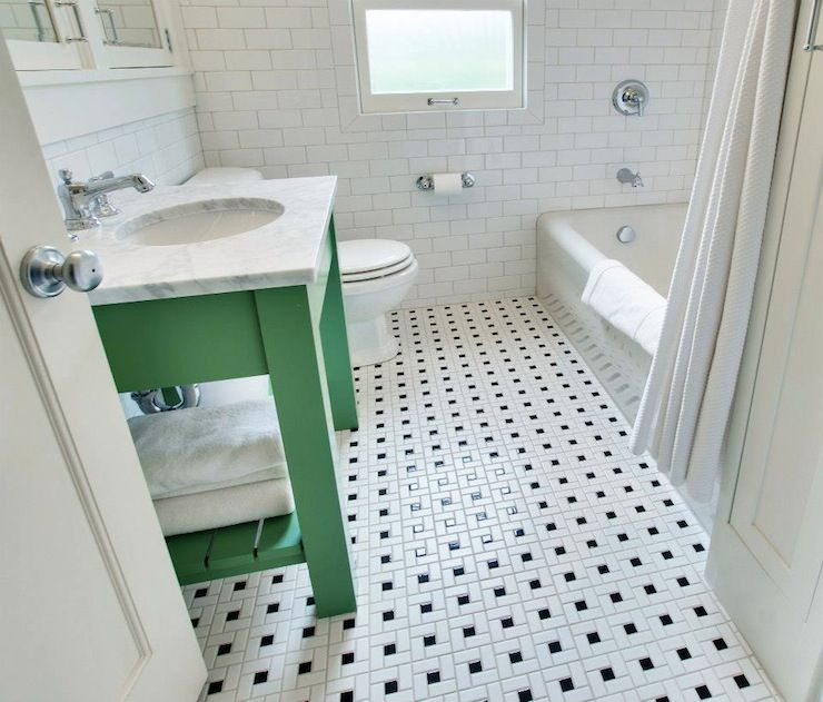 Black And White Bathroom Tile >> 15 Bathrooms With Amazing Tile Flooring