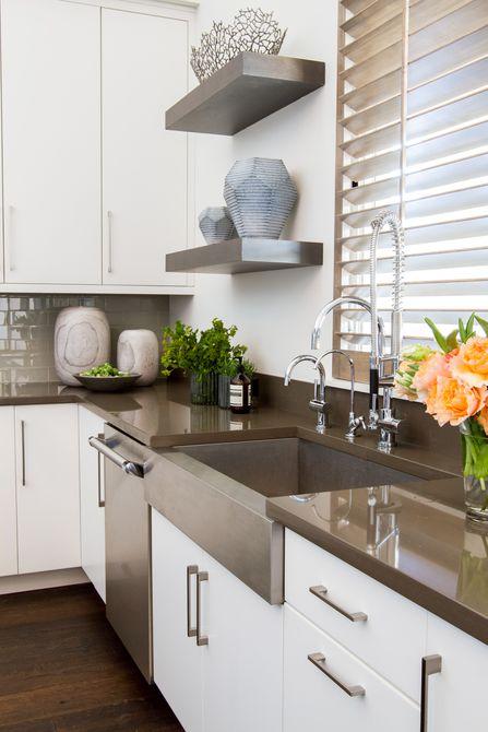 artículos esculturales en la cocina