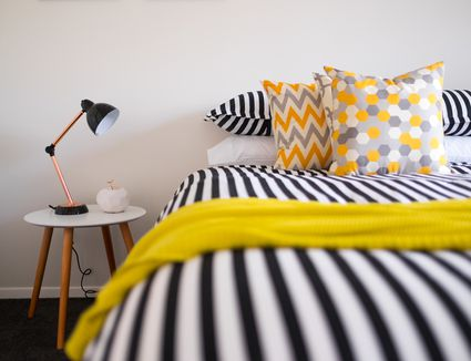 Ideas for Decorating a Bare Wall in the Bedroom