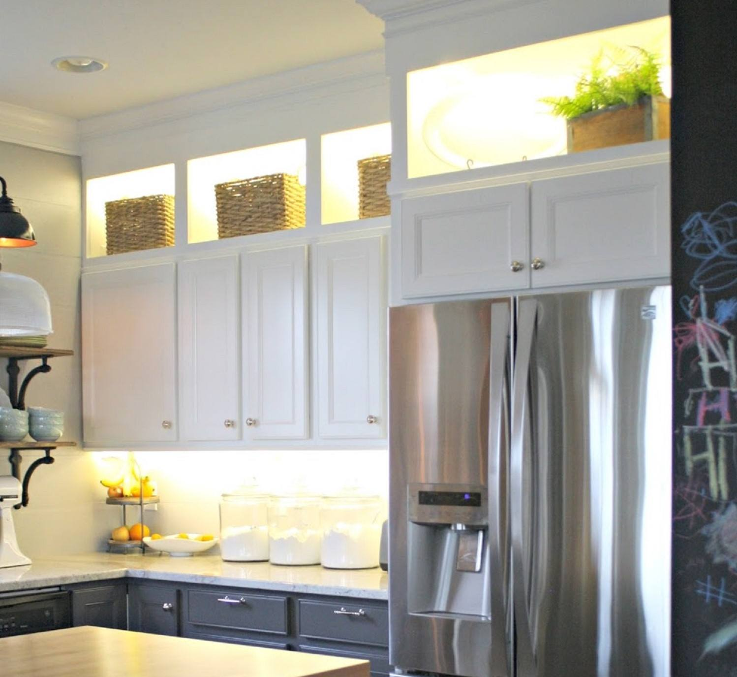 10 DIY Kitchen Cabinet Ideas