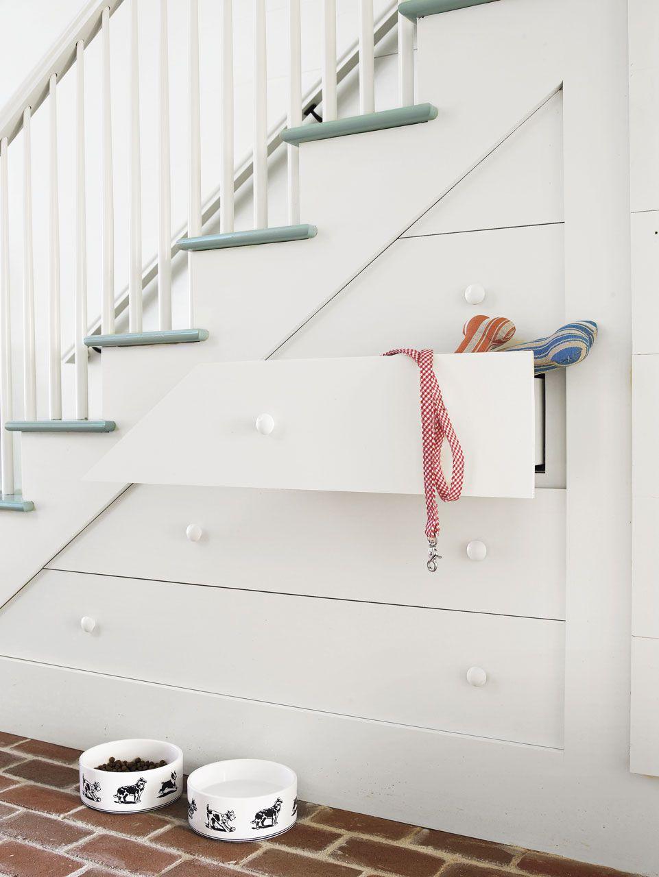 Organized staircase