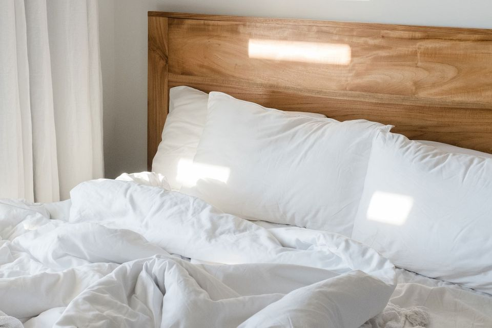 7 Things To Consider Before You Buy A Down Comforter Or Blanket
